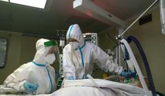 В Москве за сутки госпитализировали 1295 человек с COVID-19