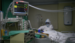 В Москве за сутки госпитализировали 993 человека с коронавирусом