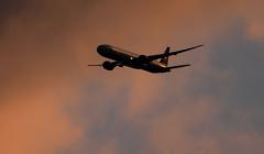 Летевший во Владивосток самолет внепланово приземлился в Красноярске